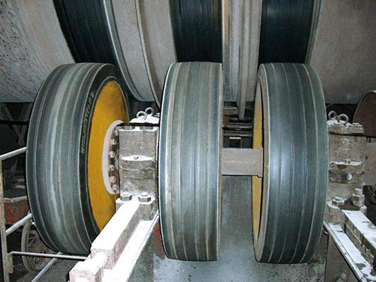 辐板式轮胎